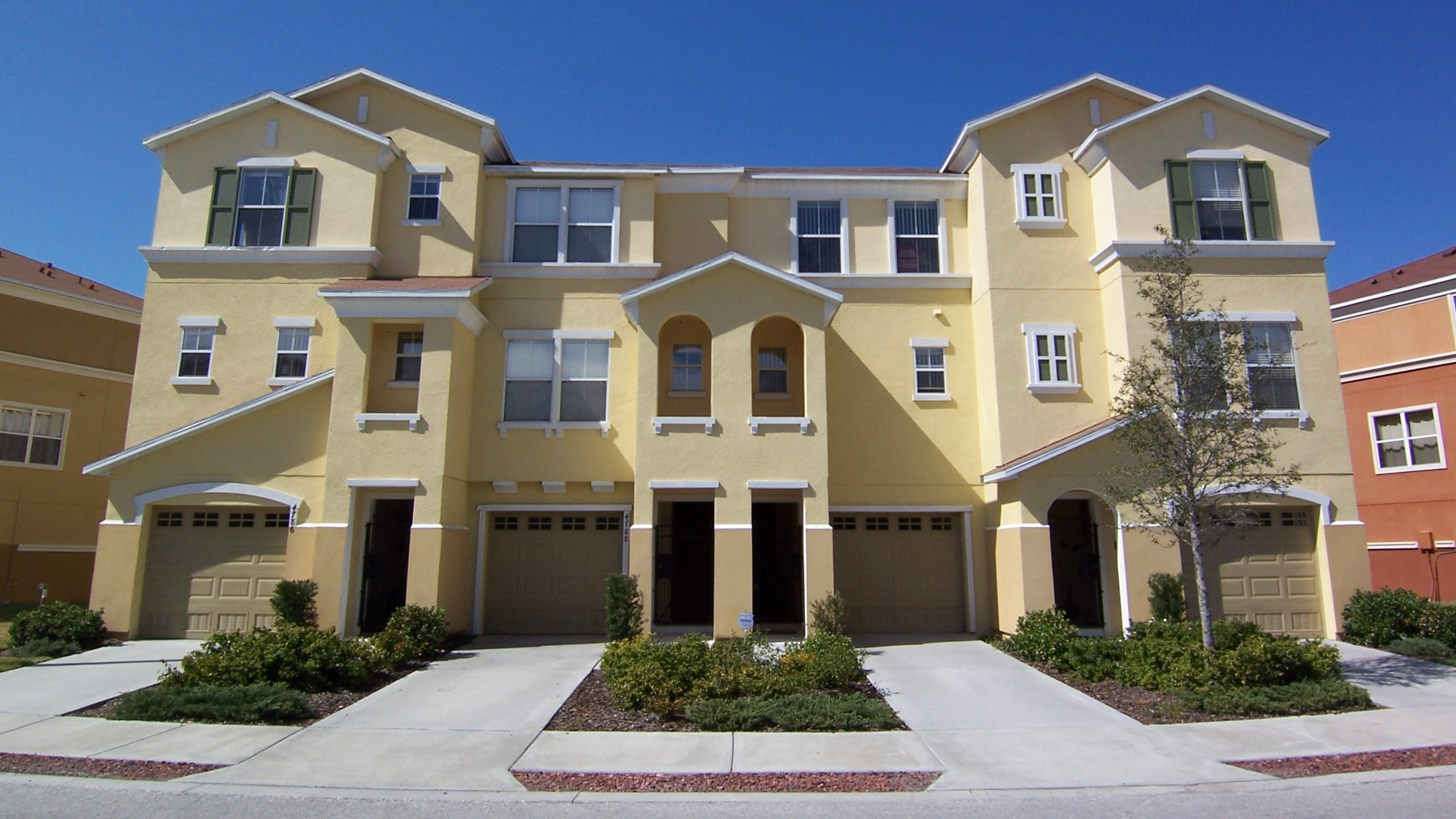 Palm River Townhomes for Sale in Tampa FL 33619