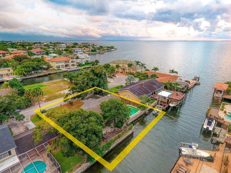 Waterfront lots for sale in South Tampa Image